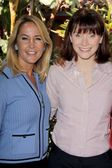 Erin Murphy,Bryce Dallas Howard — Stock Photo