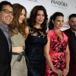 Dan Bucatinsky, Darby Stanchfield, Bellamy Young, Katie Lowes, Guillermo Diaz — Stock Photo