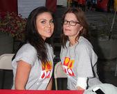 Nadia Bjorlin, Michelle Stafford — Stock Photo