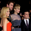 Elizabeth Banks, Liam Hemsworth, Jennifer Lawrence, Josh Hutcherson — Стоковая фотография