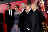 Liam Hemsworth, Jennifer Lawrence, Donald Sutherland, Josh Hutcherson, Phillip Seymour Hoffman, Stanley Tucci — Stock Photo