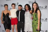 Bellamy Young, Darby Stanchfield, Guillermo Diaz, Kerry Washington, Katie Lowes — Stock Photo