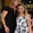 Cheryl Hines, Catherine Rose Young — Stock Photo #39876177