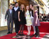 Chris Parnell, Jeremy Sisto, Cheryl Hines, Jane Levy, Carly Chaikin, Allie Grant — Stock Photo