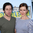 Постер, плакат: Simon Helberg wife Jocelyn Towne