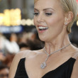 ������, ������: Charlize Theron