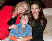 Amelia Heinle, Max Page, Melody Thomas Scott — Stock Photo