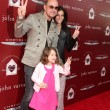 John Varvatos and Family — Stock Photo
