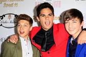 Emery Kelly, Jon Klaasen, Ricky Garcia, Forever in your mind — Stock Photo