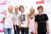 R5, Ross Lynch, Riker Lynch, Rocky Lynch, Rydel Lynch, Ellington Ratliff — Stock Photo