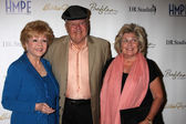 Debbie Reynolds, Dick Van Patten, Pat Van Patten — Stock Photo