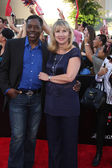 Ernie Hudson, wife — Stockfoto