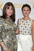 Kate Linder, Elizabeth Hendrickson — Stock Photo