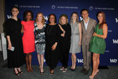 Emily Deschanel, Holly Robinson Peete, Marg Helgenberger, S. Epatha Merkerson, Angie Dickinson, Marin Ireland, Tony Goldwyn, Poppy Montgomery — Stock Photo