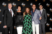 Sam McMurray, Terri Hoyos, Cristela Alonzo, Carlos Ponce, Andrew Leeds — Stock Photo
