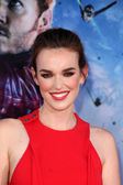 Elizabeth Henstridge — Stock Photo