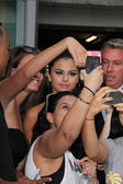 Selena Gomez, Fans — Stock Photo