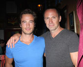 Ryan Carnes, William deVry — Stock Photo
