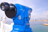 Teleskop, aby zobaczyć bay benidorm — Zdjęcie stockowe