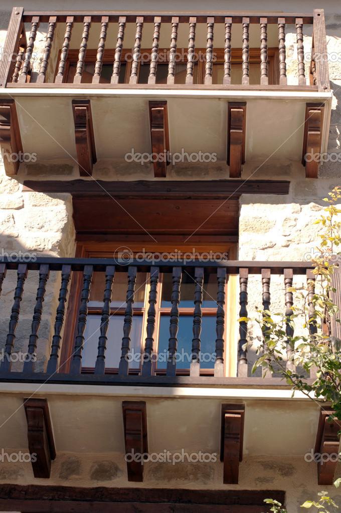 Balcones de madera foto de stock rehtse 41747787 - Balcones de madera ...