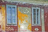 Dos ventanas viejas — Foto de Stock