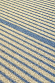 Schaduwlijnen op asfalt — Stockfoto