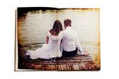 若いカップルと古い本 — ストック写真