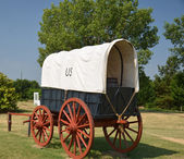 Covered wagon at Fort Smith Arkansas — Stock Photo