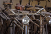 Old rusty vintage bicycle. — Stockfoto
