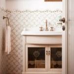 Vintage Bathroom — Stock Photo #11807206