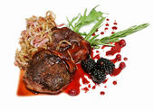 Grilled beef fillet medallions — Stock Photo