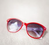 Red sunglasses — Stock Photo