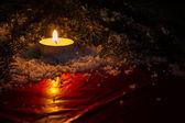 Tło świąteczne z świeca — Zdjęcie stockowe