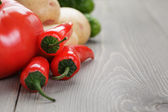 Fresh ripe organic vegetables — Stock Photo
