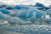Melting icebergs calved off from a glacier in Iceland — Foto Stock