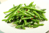 Salad of green beans with garlic and chilli — Stock Photo