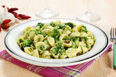 Italian pasta orecchiette with broccoli — Stock Photo