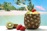 Pineapple cocktail on the beach — Stock Photo