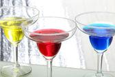 Renkli kokteyller — Stok fotoğraf