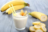 Banana smoothies — Stock Photo
