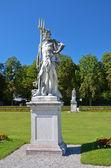 нимфенбург, статуя в саду — Стоковое фото