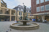 Memorial and fountain of Nils Holgerssons with a goose — Stock Photo