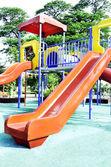 Детская игровая площадка, оборудование, дети — Стоковое фото