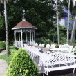Pavilion in the garden. — Stock Photo #28134021