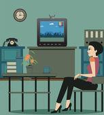 Titta på tv i huset. — Stockvektor