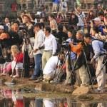 turisti fotografare alba a angkor wat, siem reap, Cambogia — Foto Stock #20021983