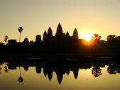 Angkor Wat temple at sunrise, Siem Reap, Cambodia — Stock Photo
