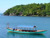 Traditional wooden boat, Sihanoukville, Cambodia — Stock Photo