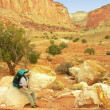 Hiking in Capitol Reef National Park, Utah, USA — Stock Photo