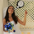 Young woman in wedding dress posing with thought bubble I'm mar — Foto de Stock